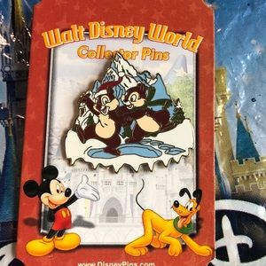Chip n Dale Mt Everest Holiday Pin